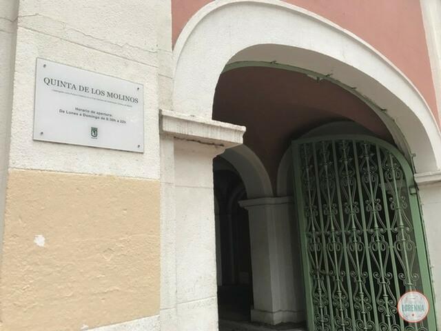 Puerta parque Calle Alcalá