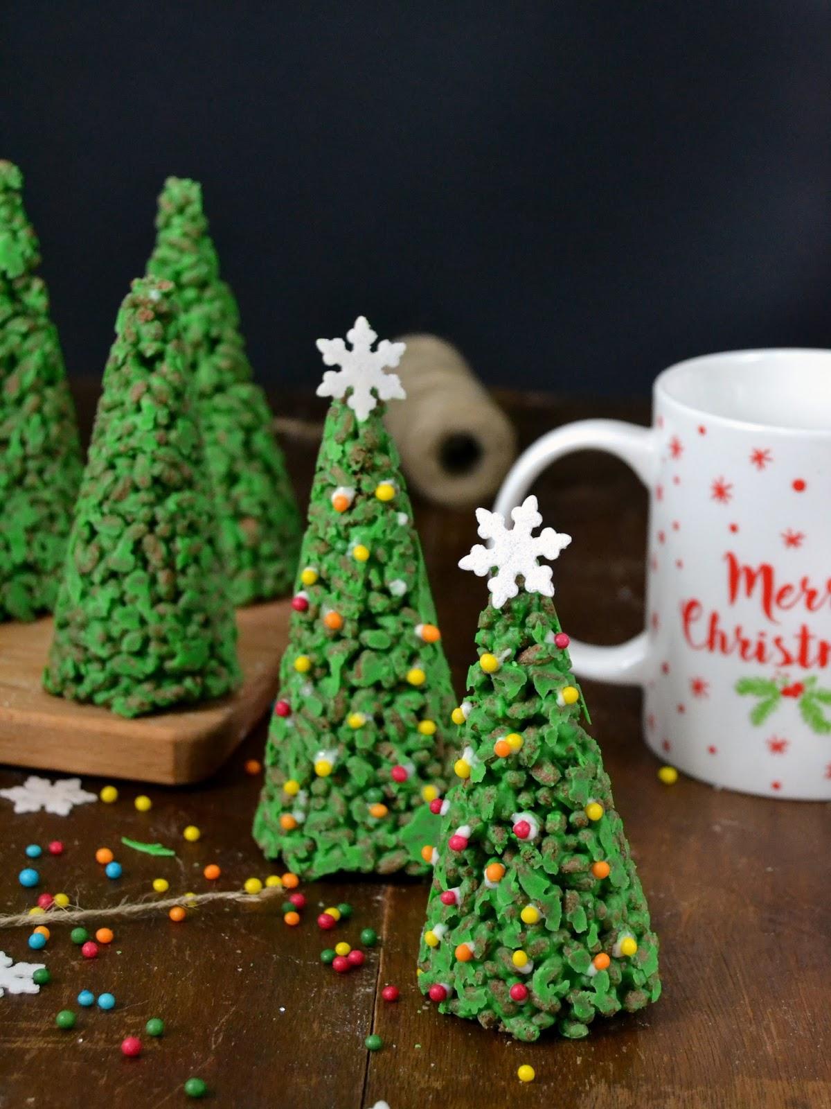 cmo preparar los rboles de navidad de chocolate blanco y arroz inflado