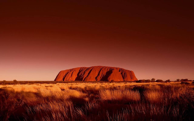 Grace-full Nail Polish Uluru inspiration