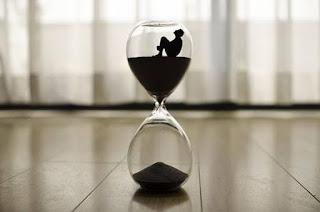 The Hourglass / Ben Jonson, English poetry