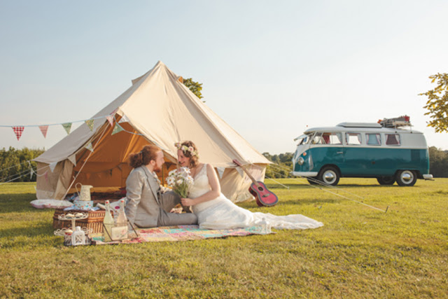 boho+bohemian+hippie+tent+carnival+circus+elope+elopement+wedding+bride+groom+1960s+60s+retro+volkswagon+vw+van+shabby+chic+earth+eco+friendly+organic+rustic+bohemian+weddings+photography+4 - Rain on my parade!
