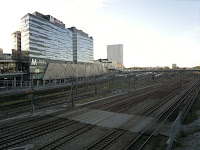 Översiktsbild över Mall of Scandinavia. Ligger bredvid Solna tågstation.