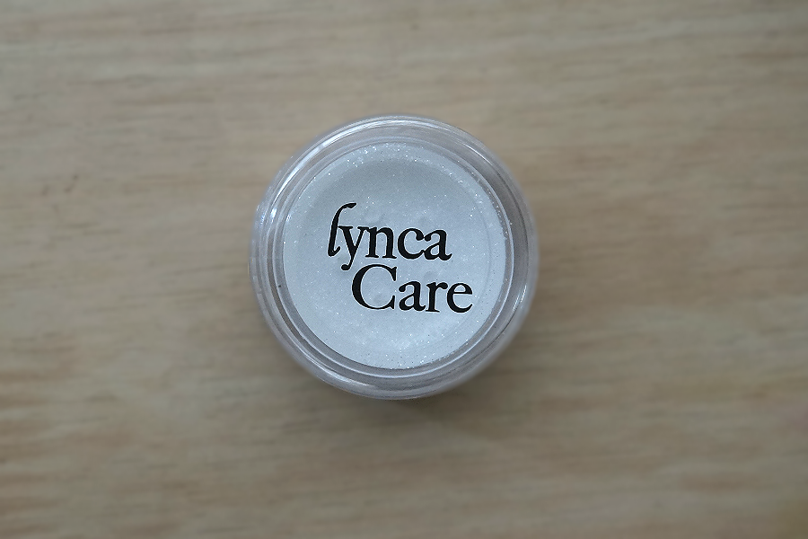 LyncaCare Mineral Eyeshadow in Diamond Sparkle
