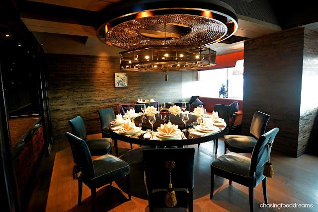 Round Kitchen Tables St Louis Mo