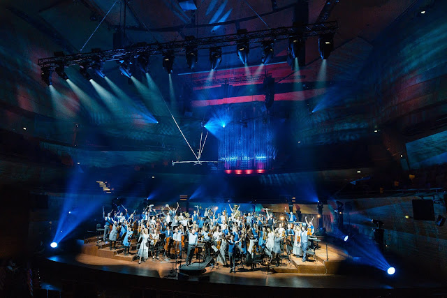 The Baltic Sea Philharmonic and Kristjan Järvi on 'Waterworks' tour in Copenhagen 2017 (Photo: Baltic Sea Philharmonic / Peter Adamik )