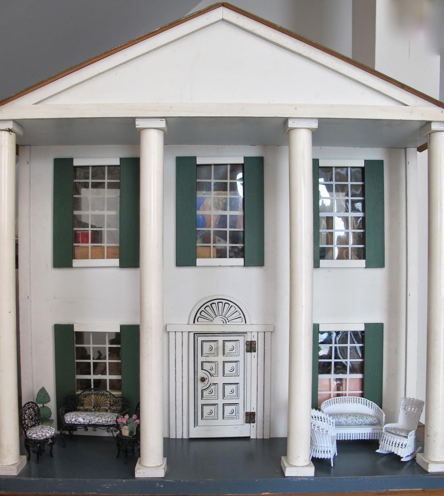 Susan's Mini Homes: Hall's Lifetime Toys Dollhouse