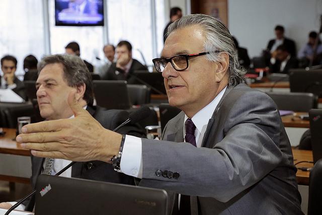 Caiado promove audiência no Senado para solucionar problemas da BR-040 em Luziânia