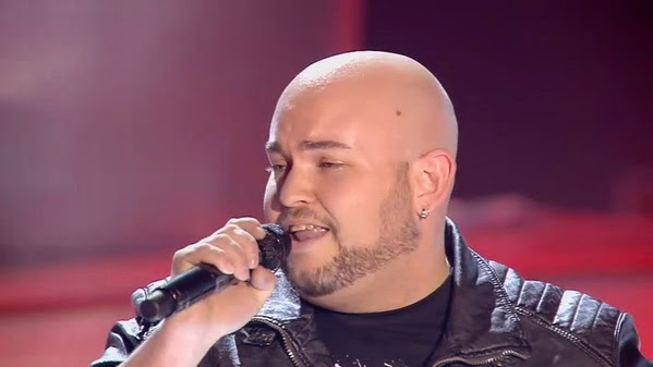 Erik canta Hold the line-La Voz 3
