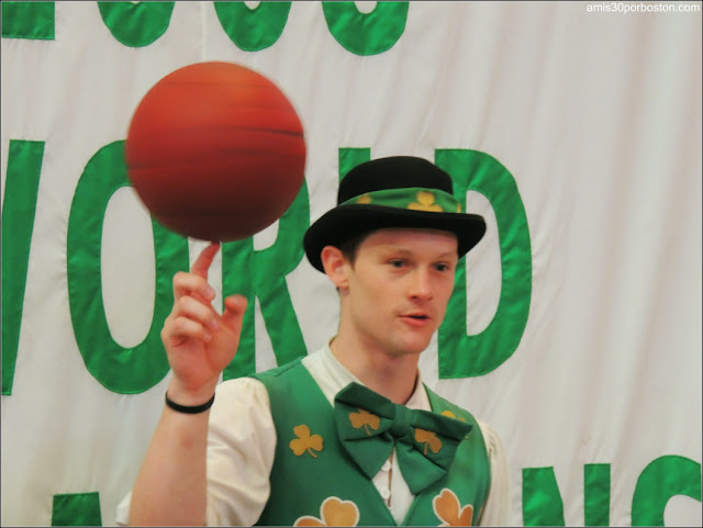 Lucky The Leprechaun Mascota de los Boston Celtics