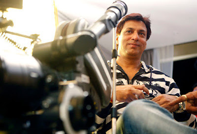 bhandarkar-dedicates-award-to-indian-armed-forces