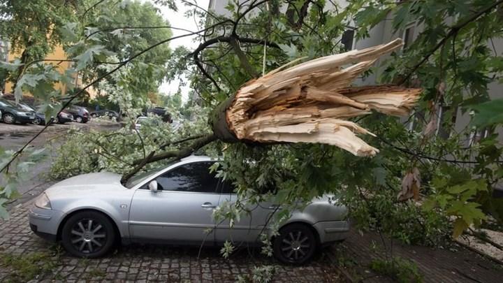 Φονικές καταιγίδες στην Πολωνία - Τέσσερις νεκροί ανάμεσα τους δύο παιδιά