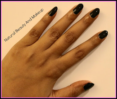 Review on H & M Black Nail Polish- NEO NOIR, swatches, NOTD and more on the blog Natural Beauty And Makeup
