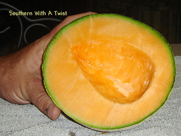 how to preserve cut cantaloupe