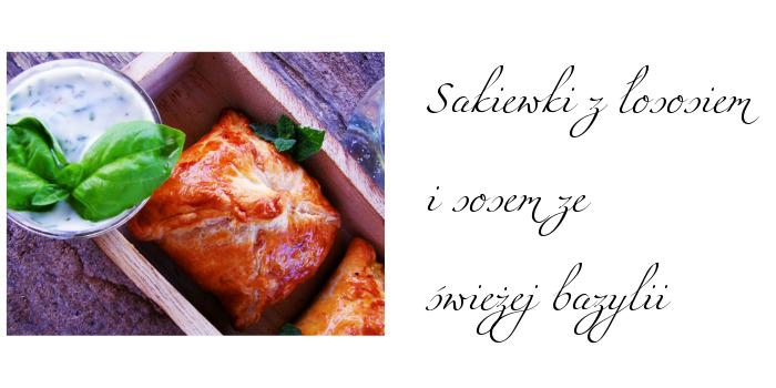 Sakiewki z łososiem i sosem ze świeżej bazylii