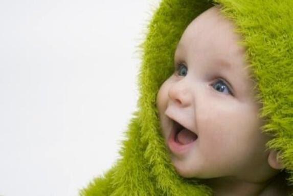 bayi gembira banyakkan susu badan
