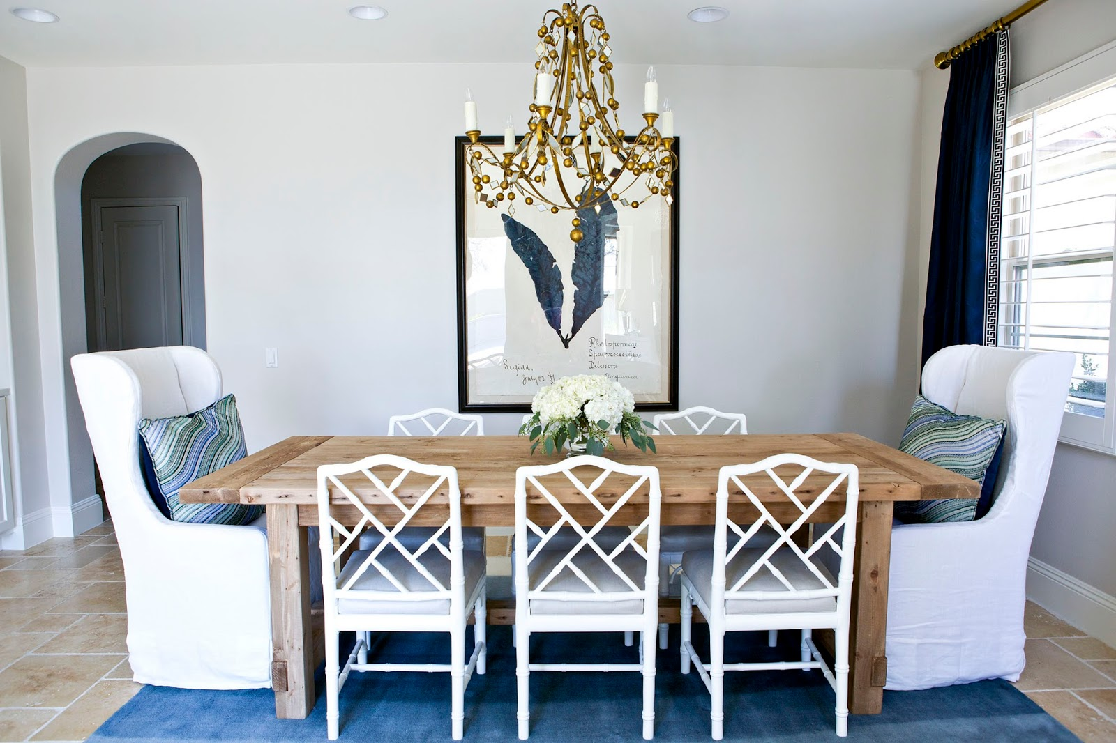 Different colored dining chairs - How To Mixi Dining Room Chairs Mixing Dining Room Chair Styles Diningroom Interiors