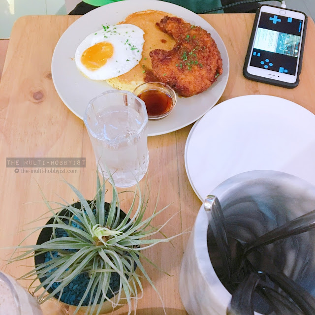 Chicken and Pancake @ Sunnies Cafe, SM Megamall