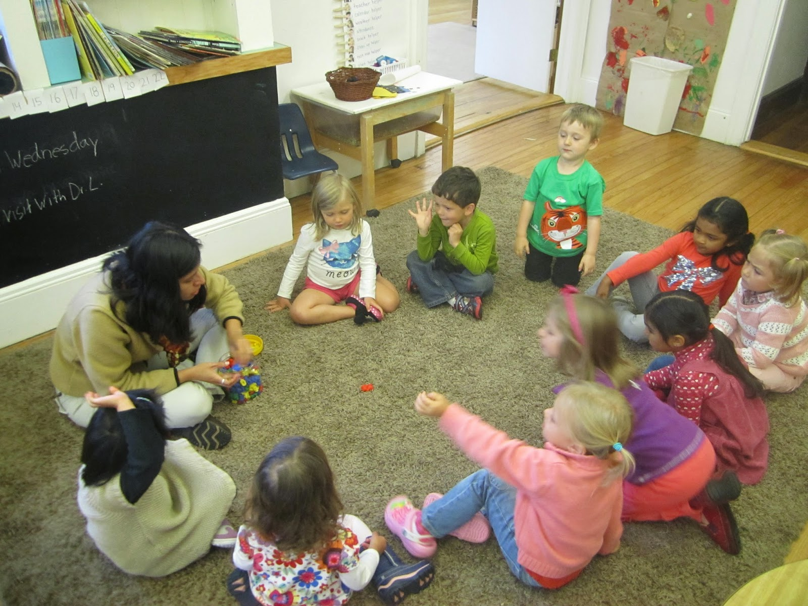 Five sit, please! Closing game in English Classroom for Young Learners