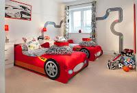 Increíbles camas que les encantarán a los pequeños autos de carrera
