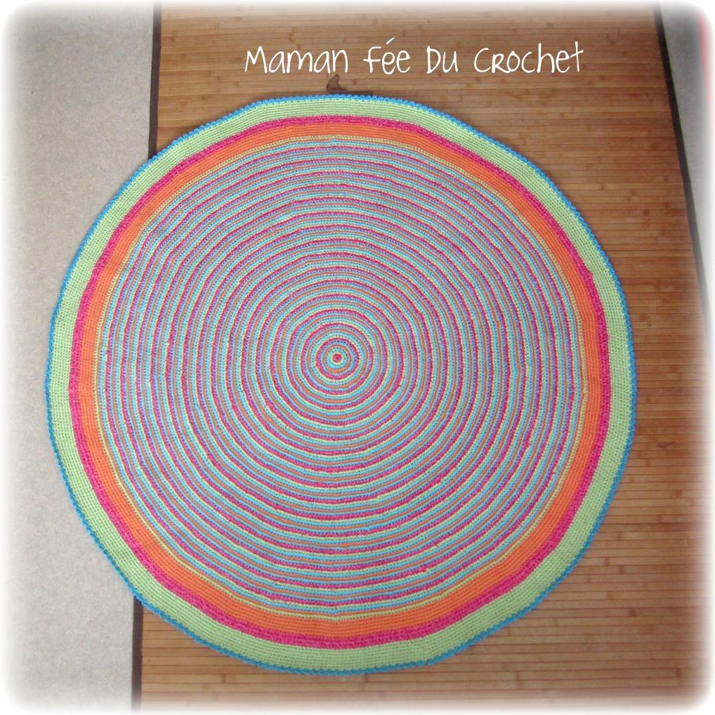 mademoiselle hook un tapis au crochet. Black Bedroom Furniture Sets. Home Design Ideas