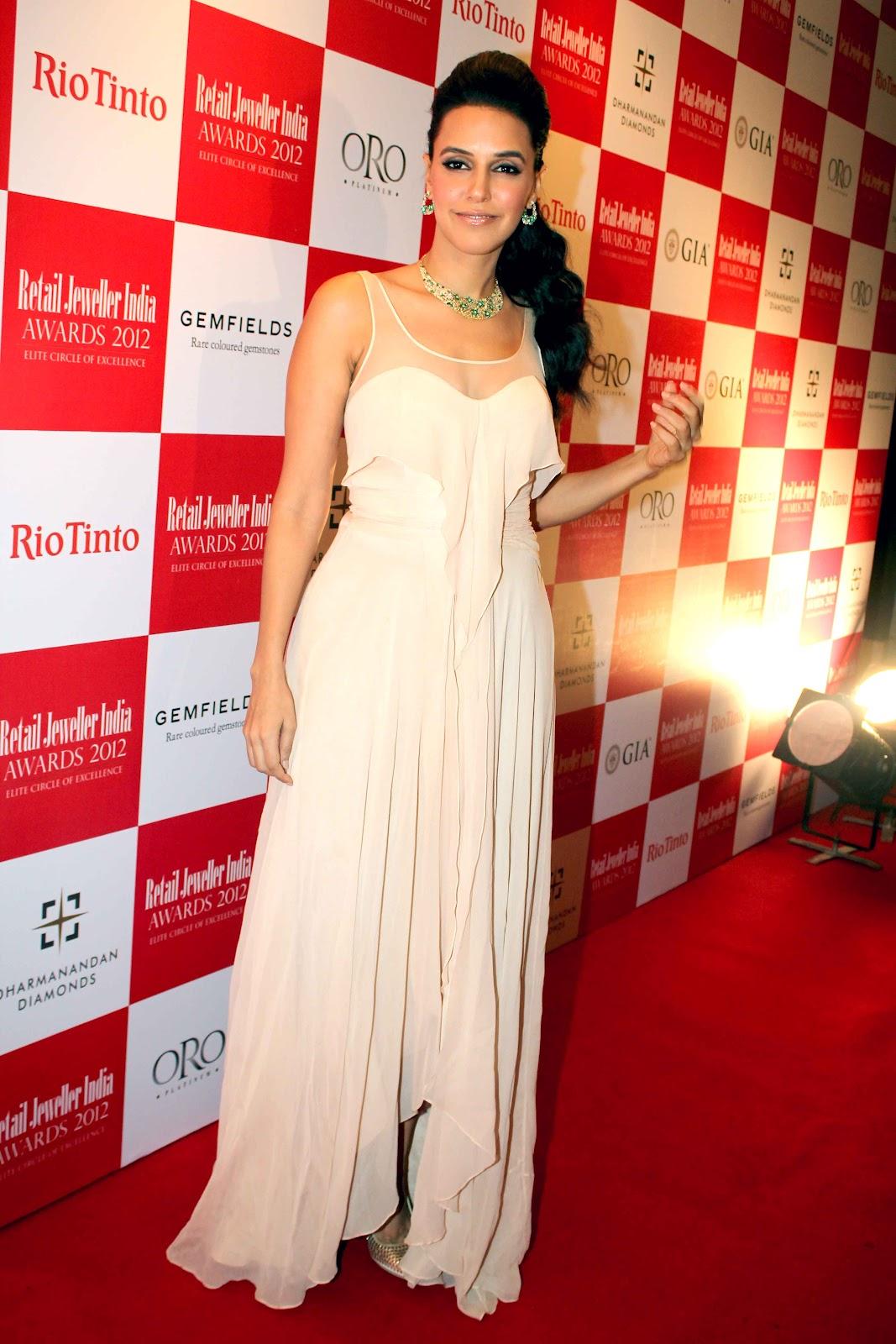 hindi actress neha dhupia hot images