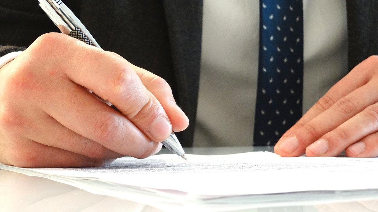 Dlaczego warto korzystać z kancelarii adwokackiej przy dochodzeniu odszkodowań