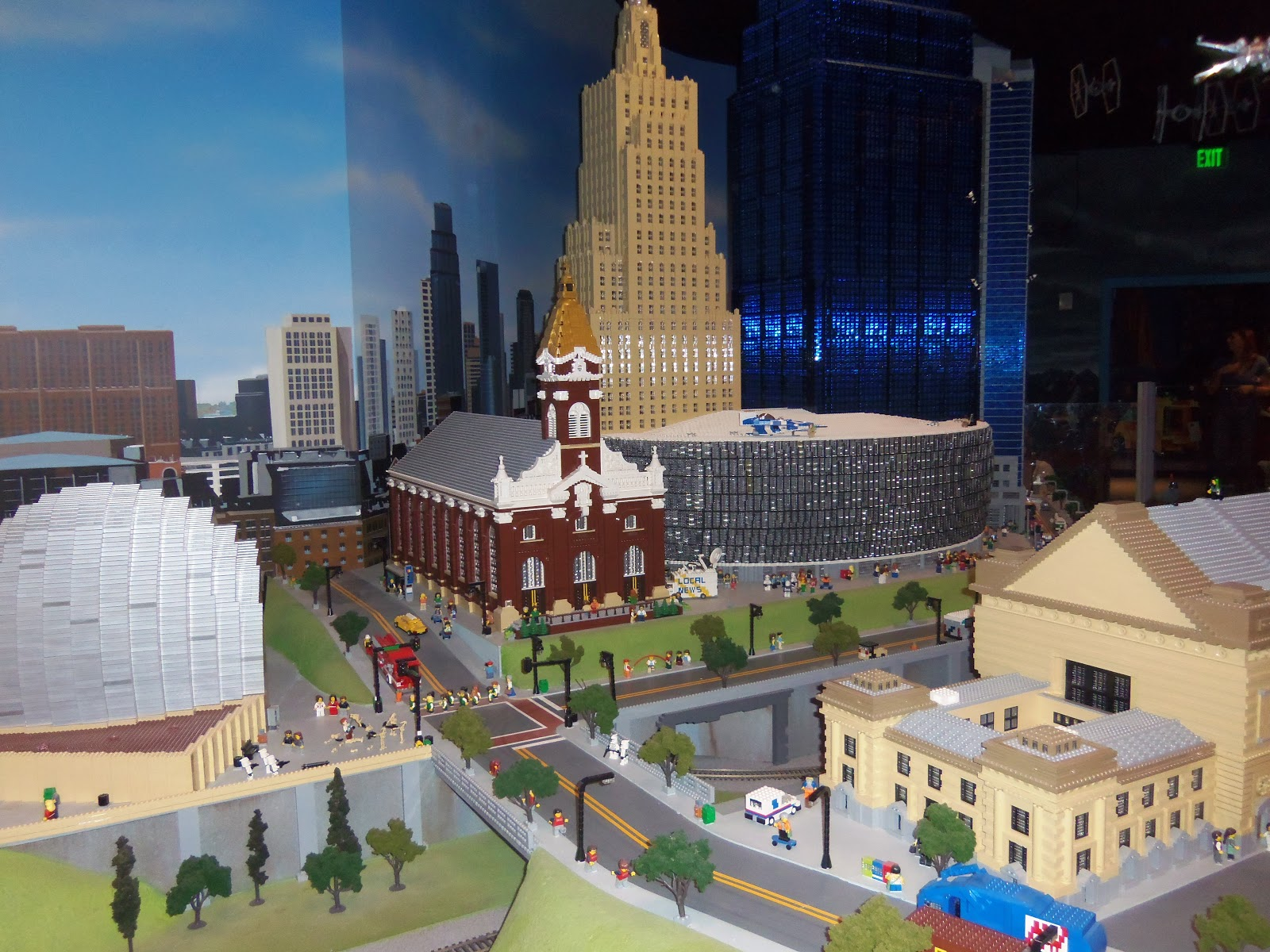 Kostiuk Crew: LegoLand in Kansas City (Picture Overload)