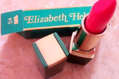 Review Elizabeth Helen Matte Lipstick No 54