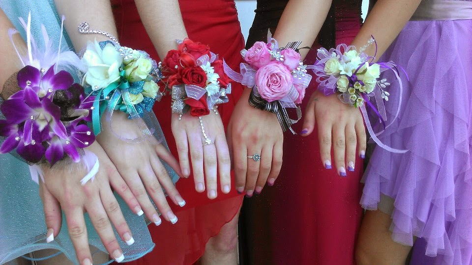 5 things your florist wants you to know..#Prom #PromFlowersBlog