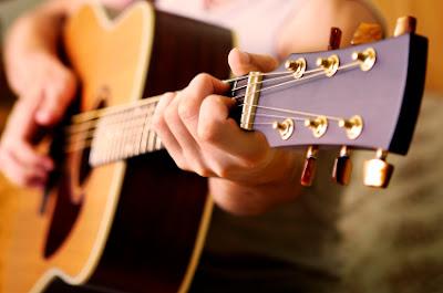 Giá đàn Guitar Fender tại Tỉnh Bình Thuận