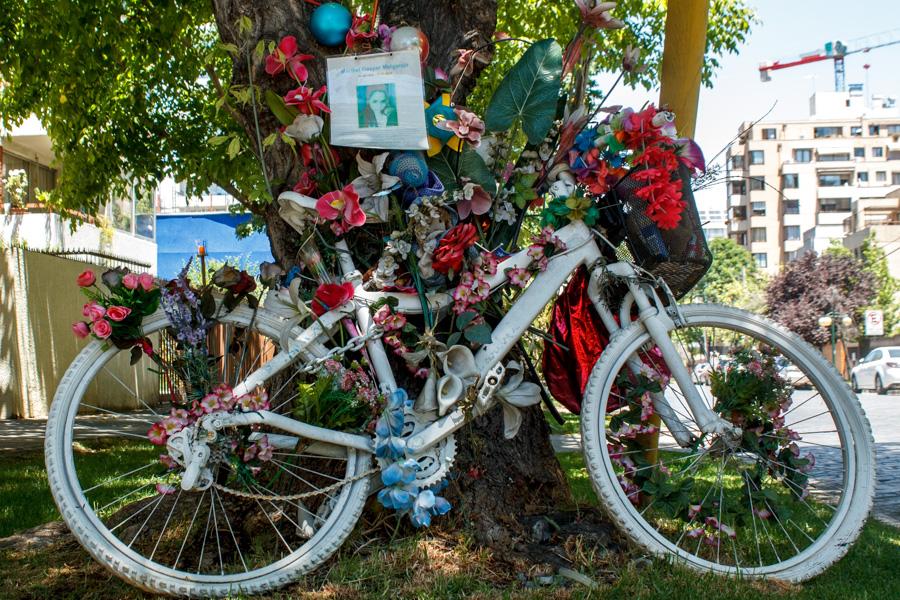 White Bikes   Manuel Montt con Sucre