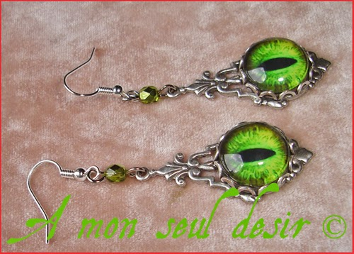 Boucles d'Oreilles Yeux de Dragon Vert Snake Cat Green Eyes Earrings Fantasy Jewelry