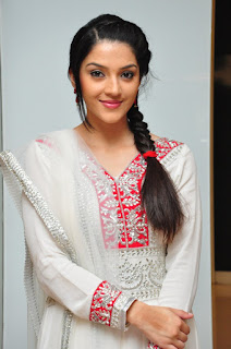 Mehreen Kaur beautiful unseen pics in lovely Silver white Anarkali Dress