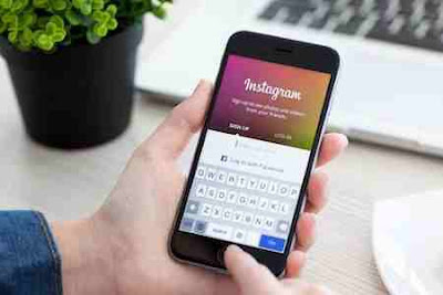 mengunggah foto di instagram melalui browser ponsel