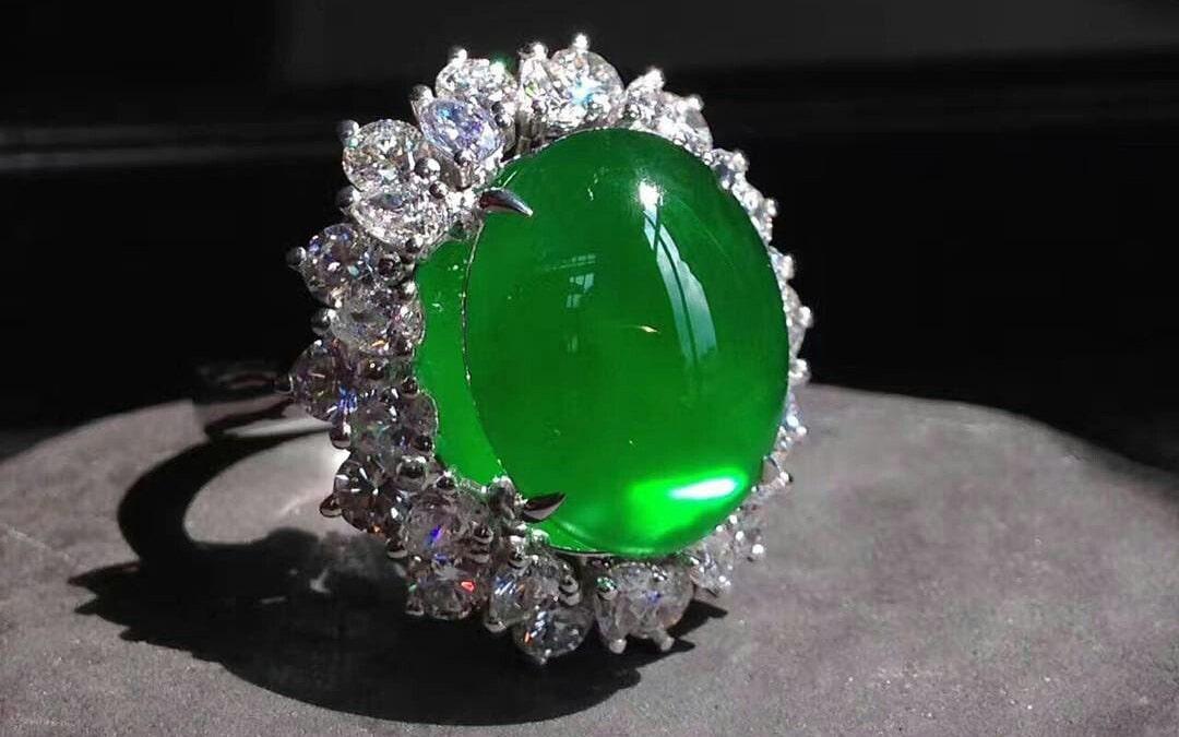 Какой самый дорогой драгоценный камень в мире