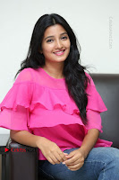 Telugu Actress Deepthi Shetty Stills in Tight Jeans at Sriramudinta Srikrishnudanta Interview .COM 0099.JPG