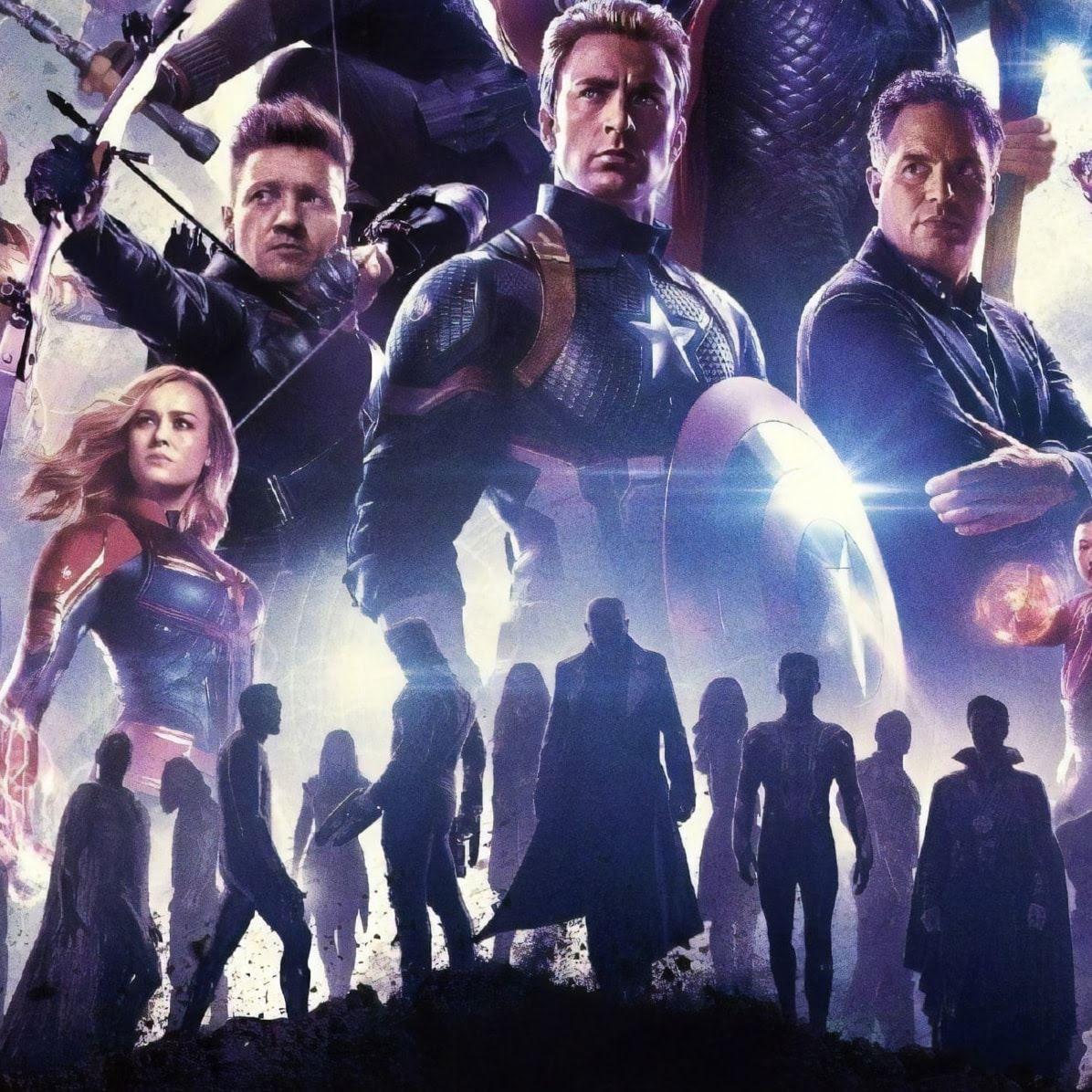 Avengers Endgame Textless Poster : マーベルのヒーロー大集合映画のクライマックス「アベンジャーズ : エンドゲーム」の海外版ポスターに、映画のタイトルや出演者の名前の文字を配置する前の素のオリジナル・アートの原画ポスター ! !