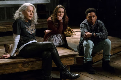 Helen Mirren, Keira Knightley and Jacob Latimore in Collateral Beauty (8)