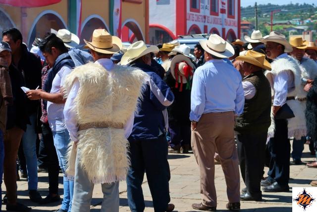 San Juan Chamula, gli uomini durante la festa di San Mateo Martír