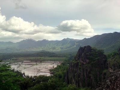 Wisata gunung sepikul kabupaten sukoharjo jawa tengah Indonesia