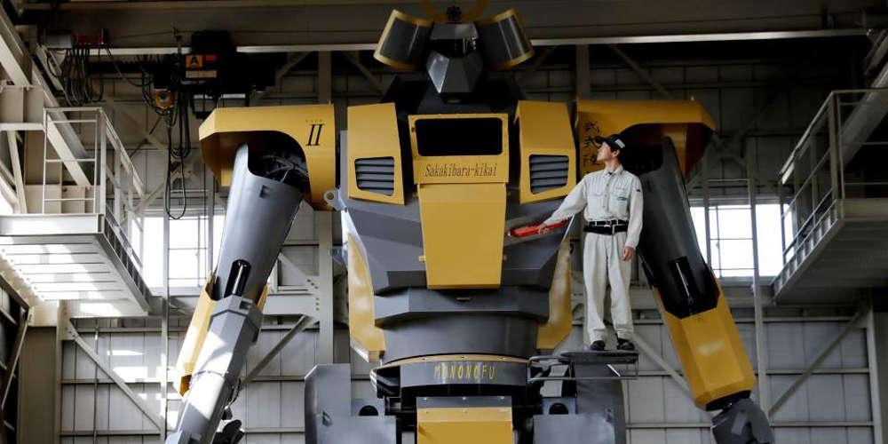 Αυτό είναι το μεγαλύτερο ρομπότ στον κόσμο (βίντεο)