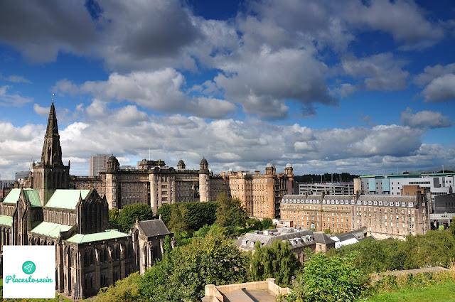 Glasgow Scotland - Moments of Charm