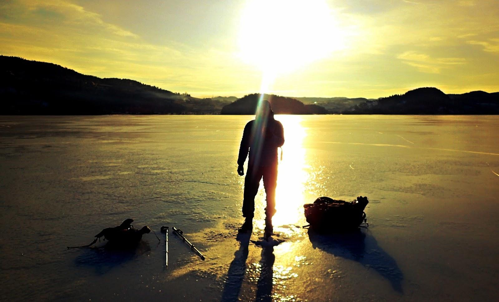 P k art ice fishing game for Ice fishing games free