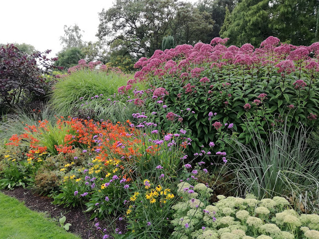 English gardens ogród angielski,angielska rabata bylinowa
