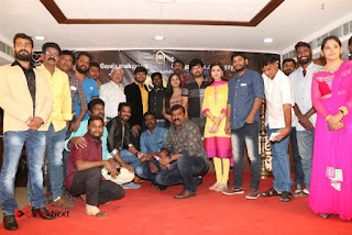9 Giragankalum Ucham Petravan Tamil Movie Pooja Stills  0047.jpg