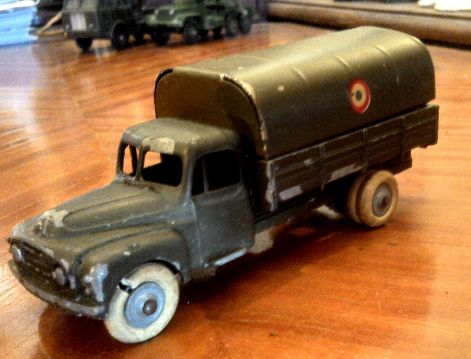 camion jrd france citro n r55 militaire jouet ancien t le j r d no dinky toys i. Black Bedroom Furniture Sets. Home Design Ideas