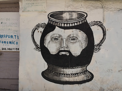 Palmero street art: face vace