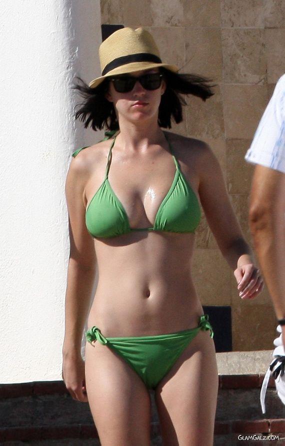 Katy Perry Bikini 21
