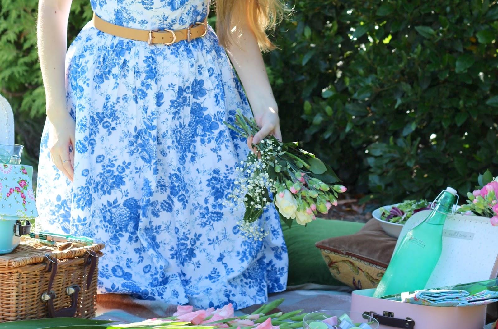 British summer picnic lifestyle blogger