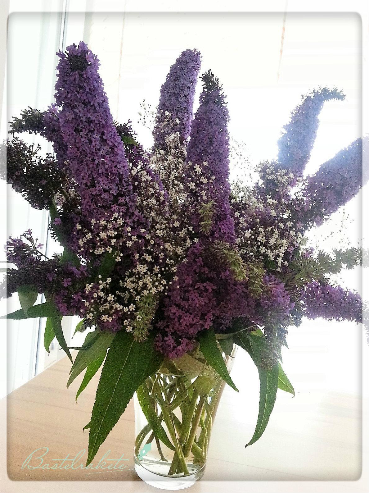 Bastelrakete Blumenstrauß